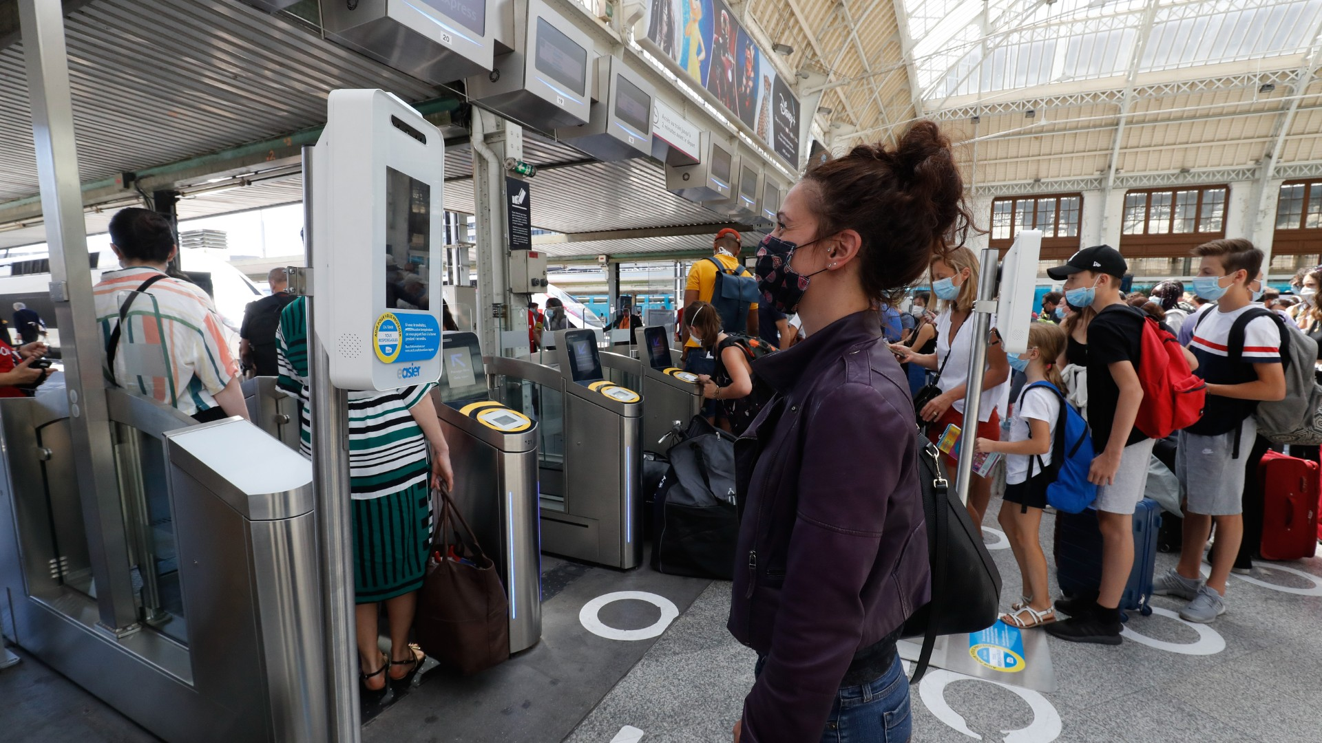 Summer Holiday Season Begins In France Despite Covid 19 Fears Cgtn